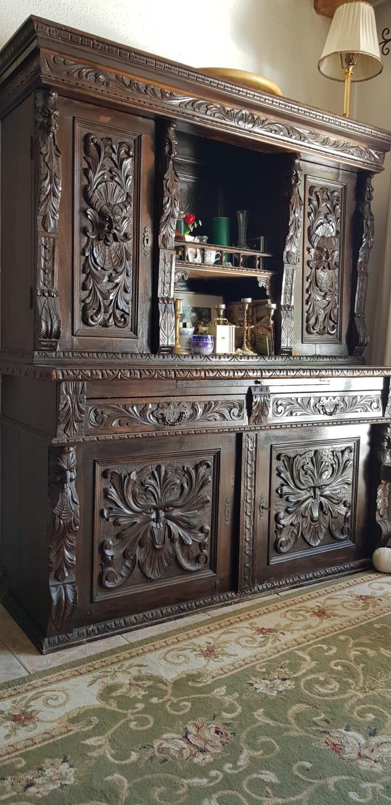 Antike Möbel aus Historismus oder Gründerzeit